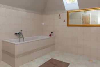 Apartman č.4 - koupelna s vanou